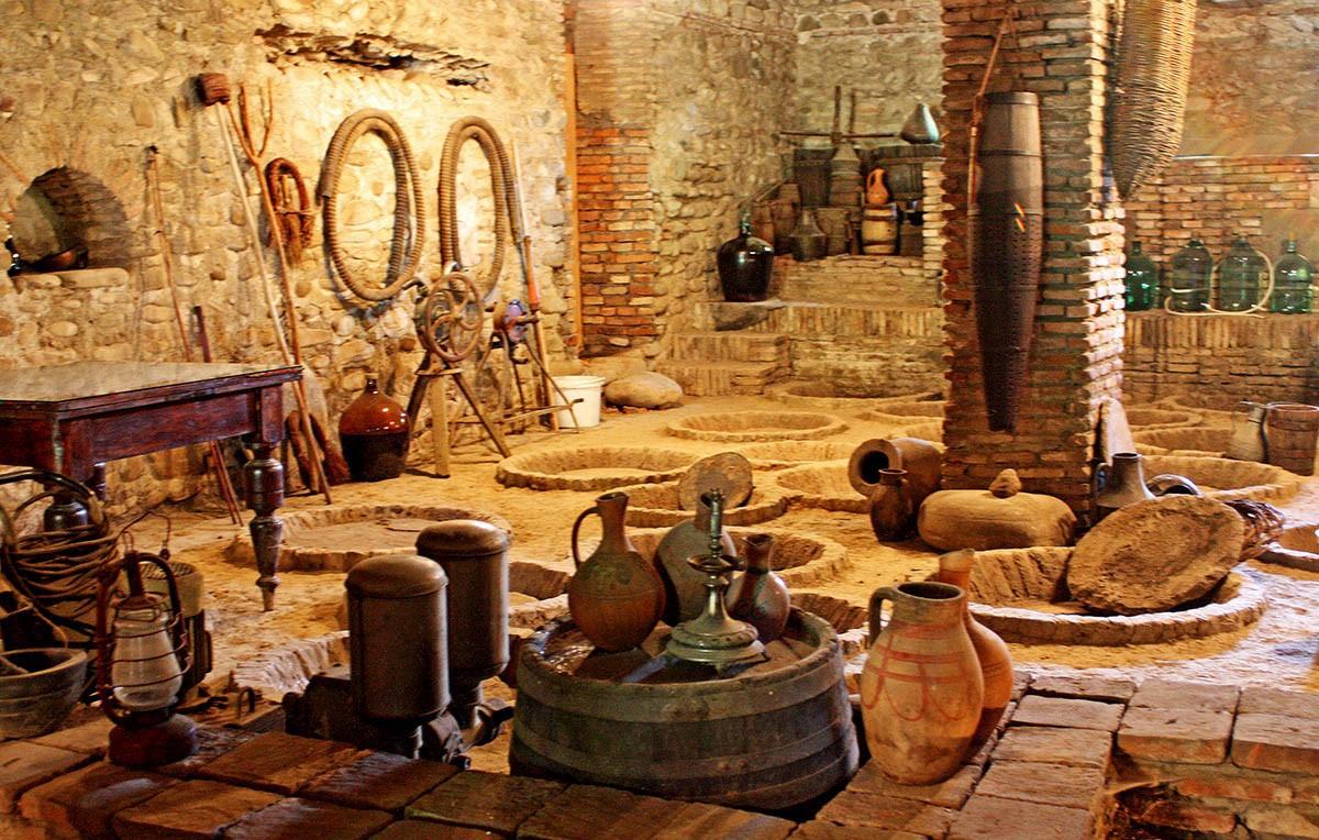 День 4: Цинандали - Алаверди – Винодельня Хареба - Цинандали